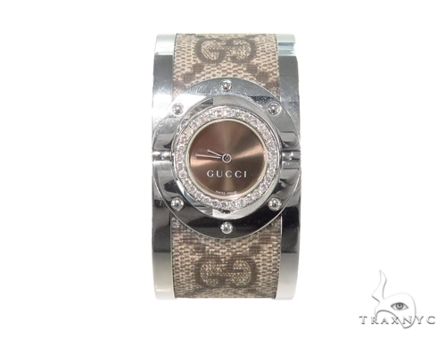 Pave Diamond Gucci 112 Twirl Bangle Ladies Watch YA112425 44145 Gucci