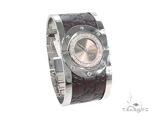 Pave Diamond Gucci 112 Twirl Bangle Ladies Watch YA112433 44147 Gucci
