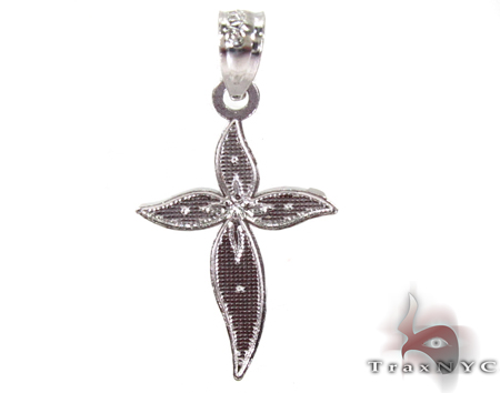 Petals Cross Silver Tiny Pendant Style