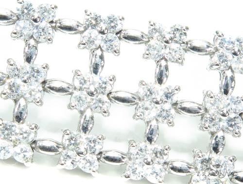 Prong Diamond & Gold Bracelet 41875 Diamond