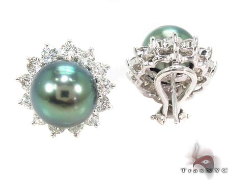 Prong Diamond Green Pearl  Earrings Stone