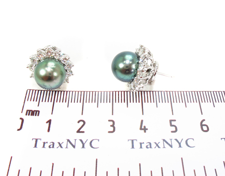 Prong Diamond Green Pearl  Earrings Stone