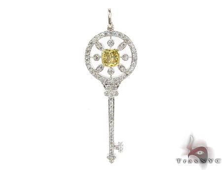 Prong Diamond Key Pendant 32062 Style