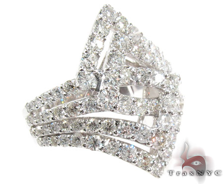 Pyramid Diamond Ring Anniversary/Fashion