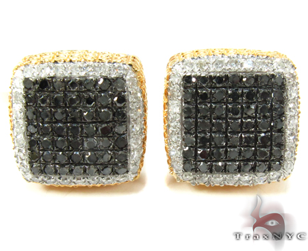 Two Color Diamond Earrings 27638 Metal