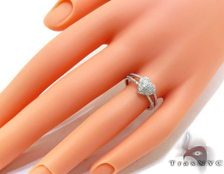 White Gold Round Cut Pave Prong Diamond Heart Ring Anniversary/Fashion