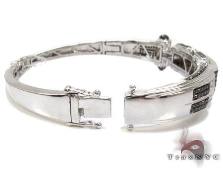 White Gold Round Cut Prong Black Diamond Bracelet
