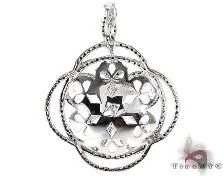 White Gold Round Cut Prong Black Diamond Butterfly Pendant Stone