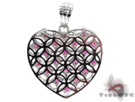 White Gold Round Cut Pink & White Diamond Heart Pendant Stone