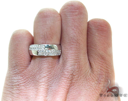 White Gold Round Cut Prong Diamond Ring Stone