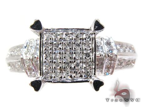 White Gold Round Cut Prong Diamond Ring Engagement