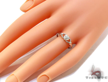 White Gold Round Cut Prong Diamond Heart Ring Anniversary/Fashion