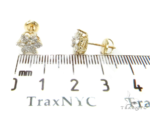 Yellow Gold Medium Flower Cluster Earrings Stone