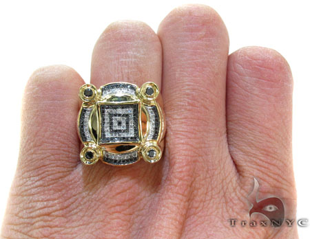 Yellow Gold Round Cut Micro Pave Bezel Diamond Ring Stone
