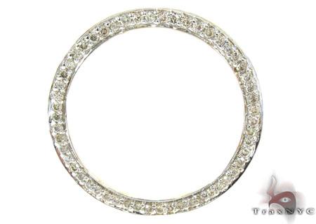 Yellow Gold Round Cut Prong Diamond Pendant Stone