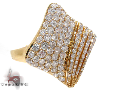 Yellow Gold Round Cut Prong Diamond Ring Anniversary/Fashion