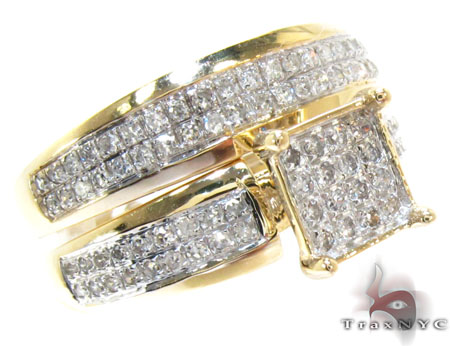 Yellow Gold Round Cut Prong Diamond Ring Set Engagement