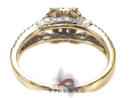 Yellow Gold Round Cut Prong Diamond Wedding Ring Engagement