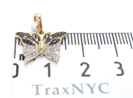 Yellow Gold Round Cut Prong Tension Diamond Betterfly Pendant Stone