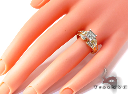 Yellow Gold Round Princess Baguette Cut Invisible Prong Channel Diamond Ring Engagement