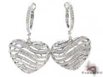 White Gold Round Cut Prong Diamond Heart Earrings レディース ダイヤモンドイヤリング