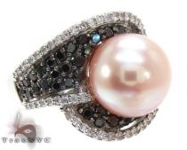 Ladies Diamond Pearl Ring and Earrings Set Pearl Diamond Rings