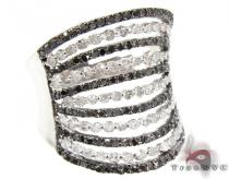 Black and White Queen Diamond Ring Colored Diamond Rings