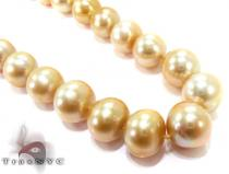 Gold Pearl Ladies Necklace 27352 Pearl Necklaces