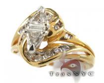 Tri Cut Swirl Ring レディース ダイヤモンド リング