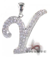 Frozen V Pendant Diamond Pendants