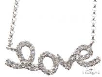 Small White Gold Love Diamond Necklace 64483 ダイヤモンドネックレス
